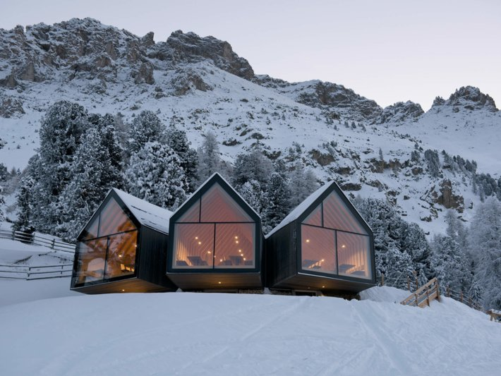 The mountain hut in winter